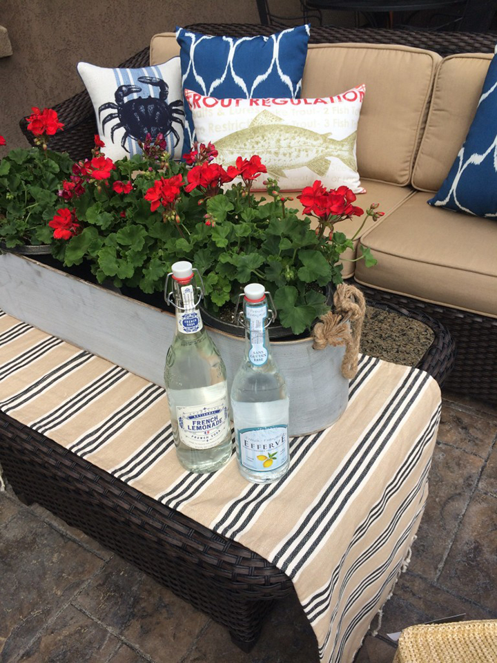 4th of July-patio styling