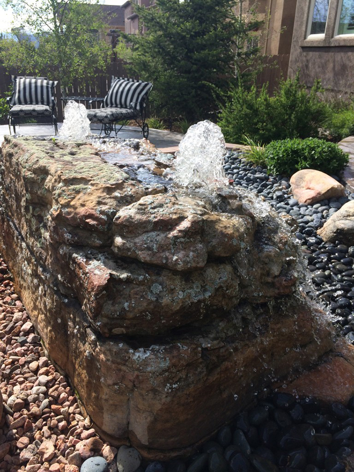 Bubbling Water Fountain Display Rock