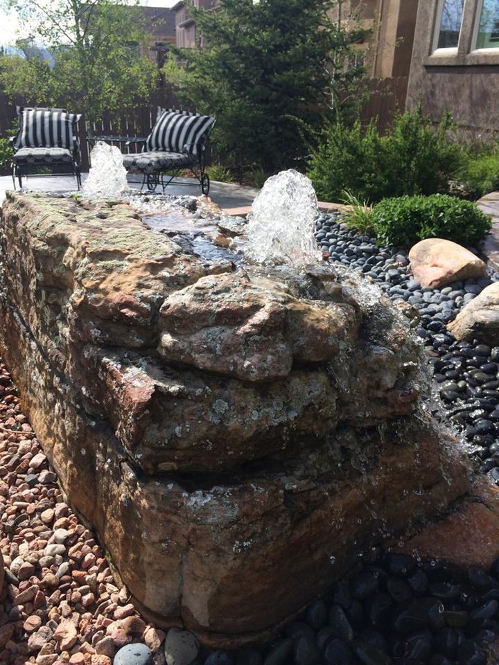 Bubbling Water Fountain Display Rock