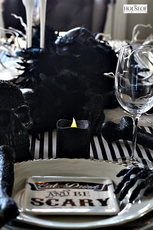 Elegant Halloween tablescape7