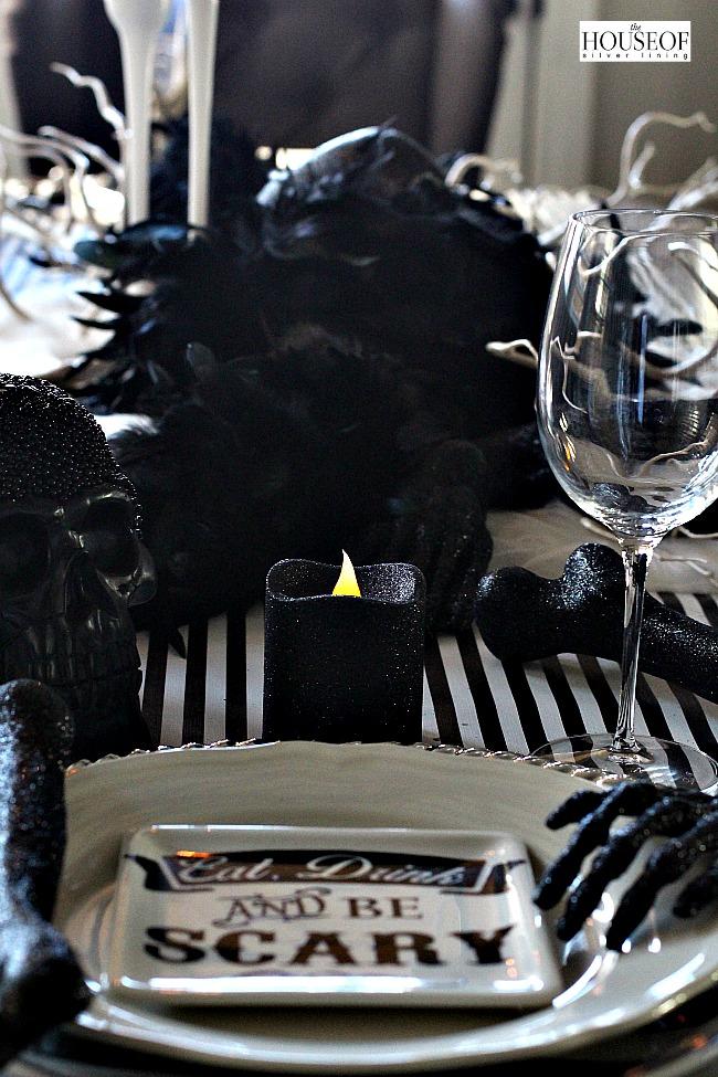 Elegant Halloween tablescape7