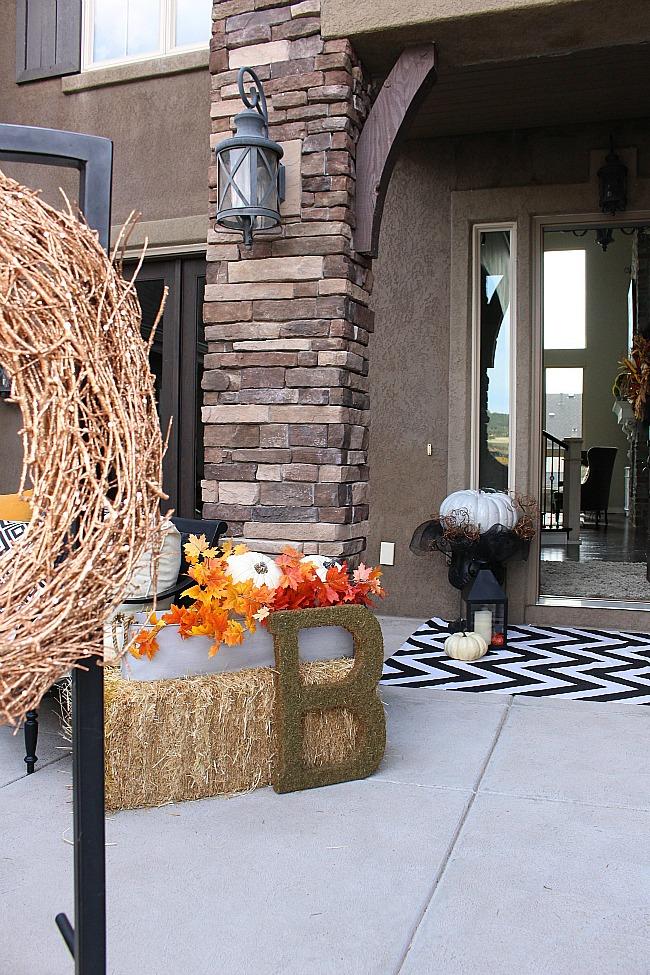 fall-porch-00