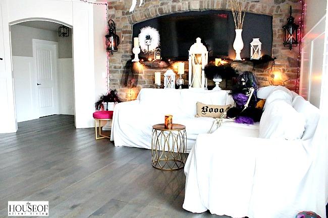 Halloween haunted mansion decor