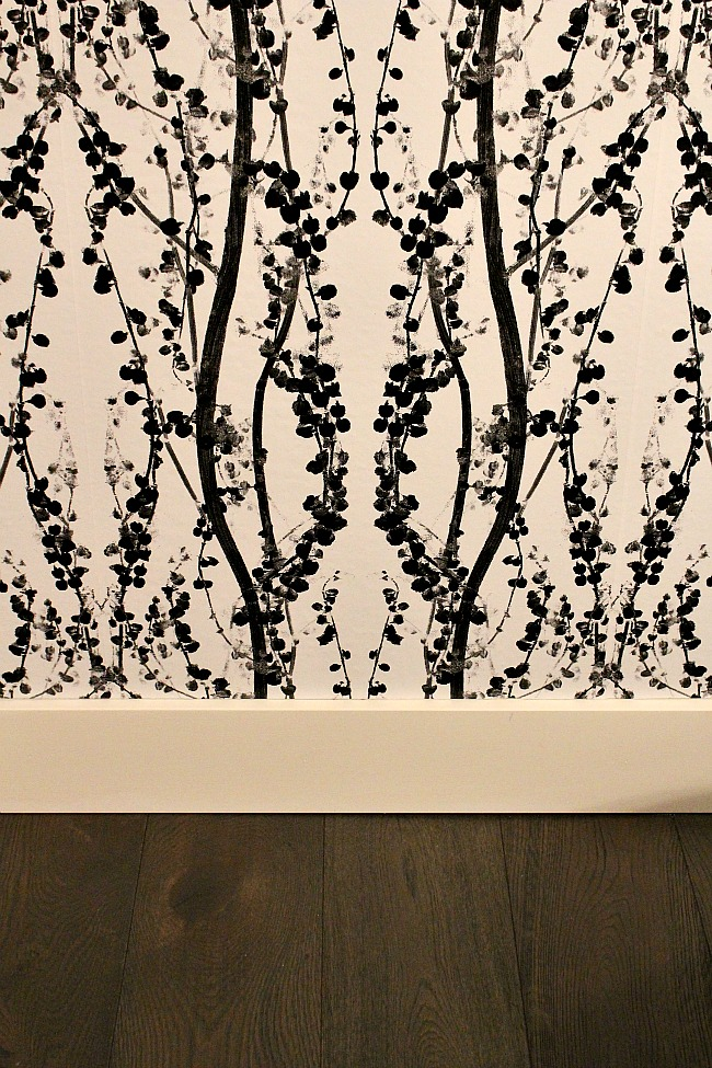 Removable wallpaper.2