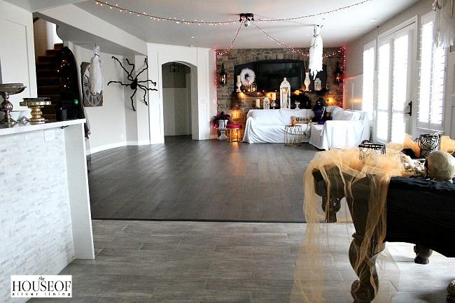 Spectacular halloween decorating