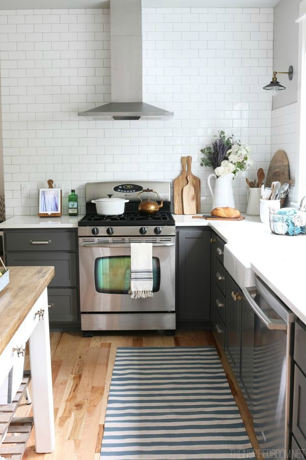 Ideas for small kitchen-beach cottage