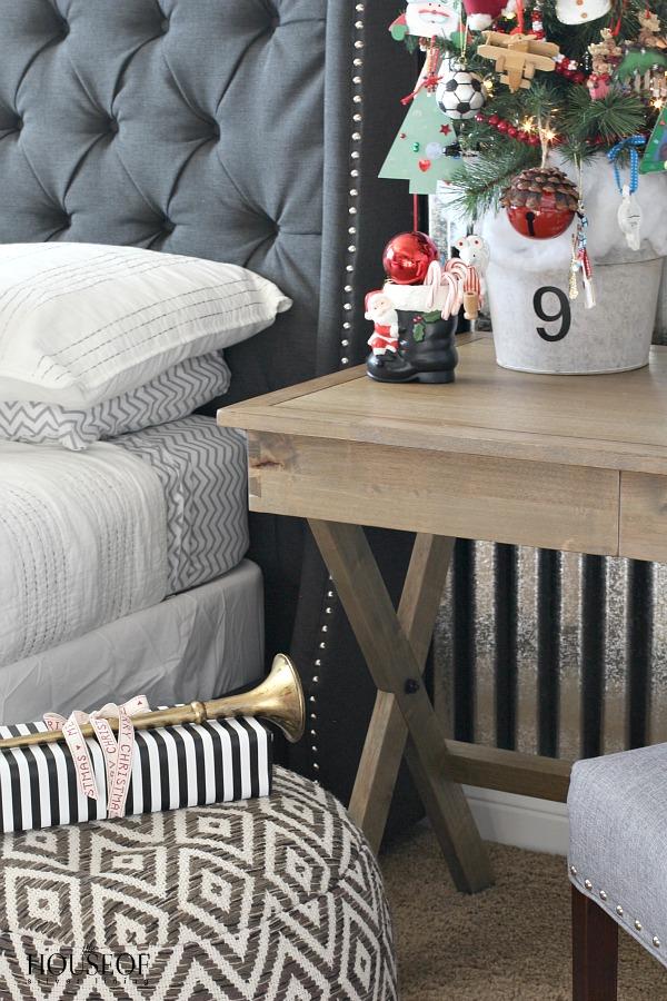 Industrial-bedroom-kid-boy-corrugated-sheet-metal-Christmas