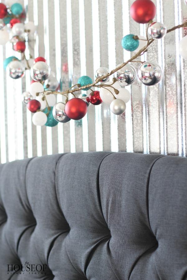 Industrial-boy-bedroom-Christmas-2