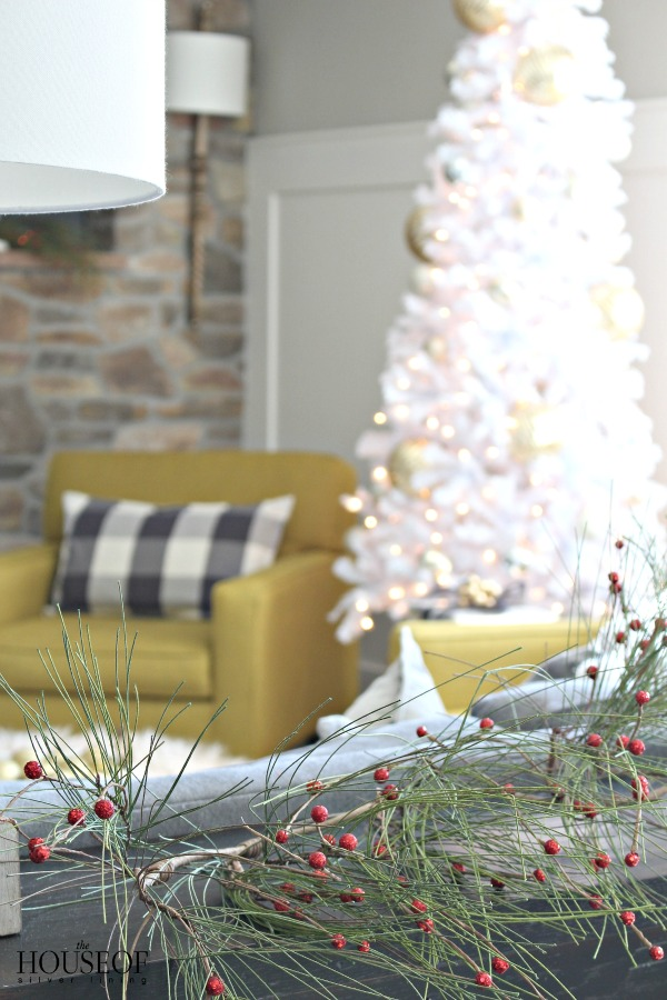 christmas-home-tour-family-room-1