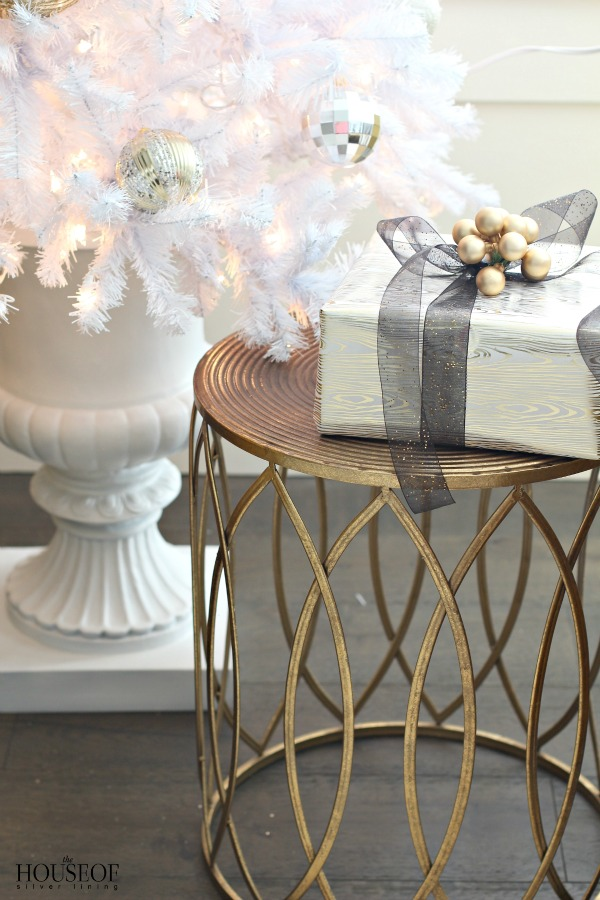 christmas-home-tour-white-gold