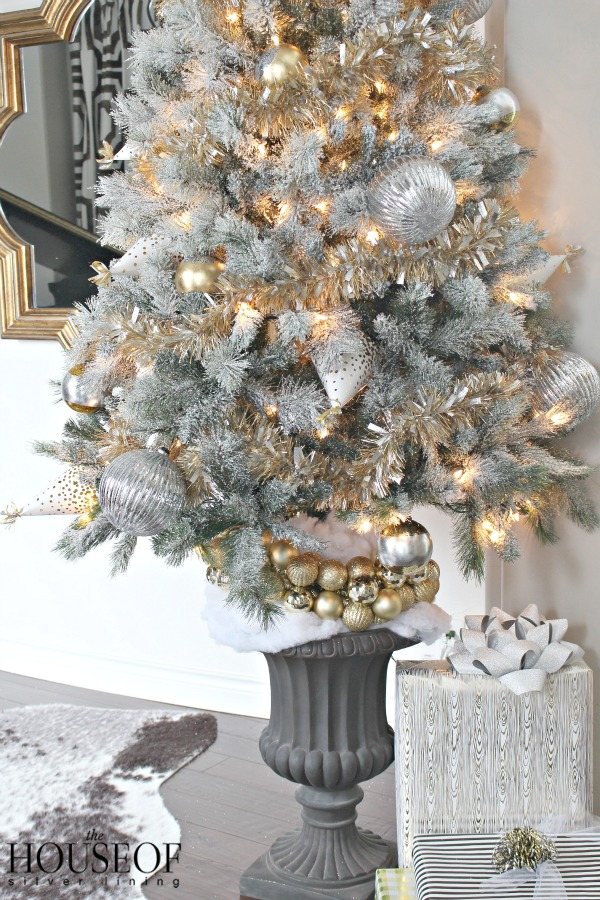 christmas tree gold tinsel 2 - Silver Tinsel Christmas Tree