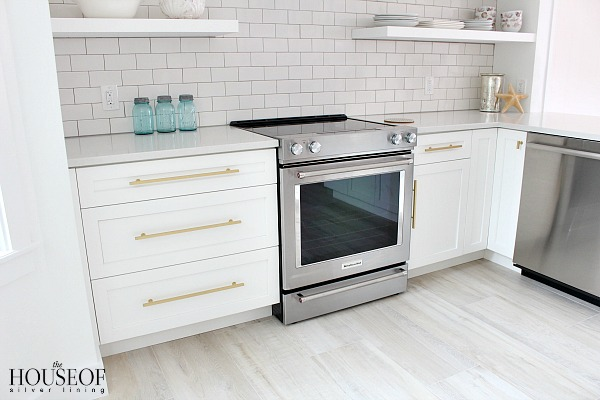 beach-cottage-renovation-reveal-kitchen-13