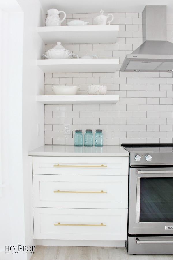 beach-cottage-renovation-reveal-kitchen-15