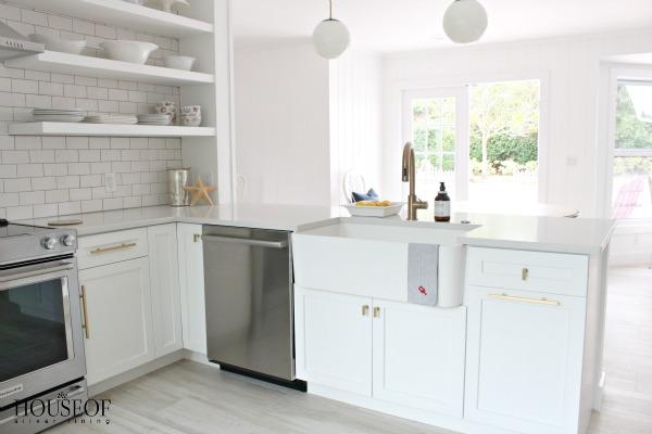 beach-cottage-renovation-reveal-kitchen-29