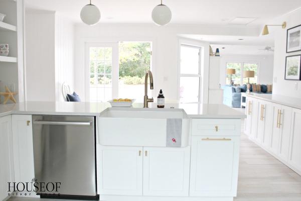 beach-cottage-renovation-reveal-kitchen-30