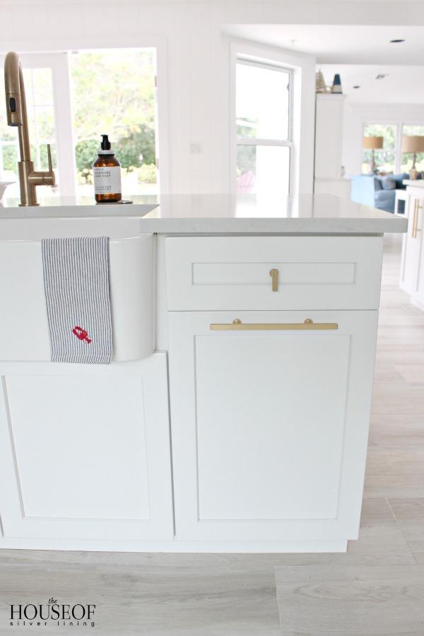 beach-cottage-renovation-reveal-kitchen-35