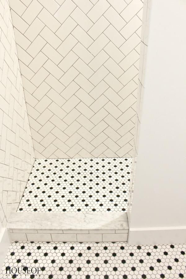 black-and-white-modern-bathroom-12