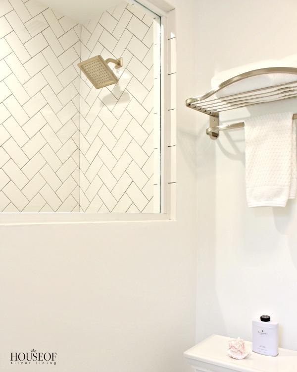 black-and-white-modern-bathroom-22