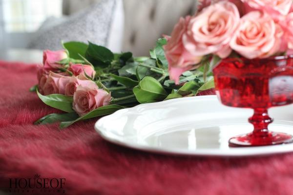 Simple Valentines Day Floral Arrangement