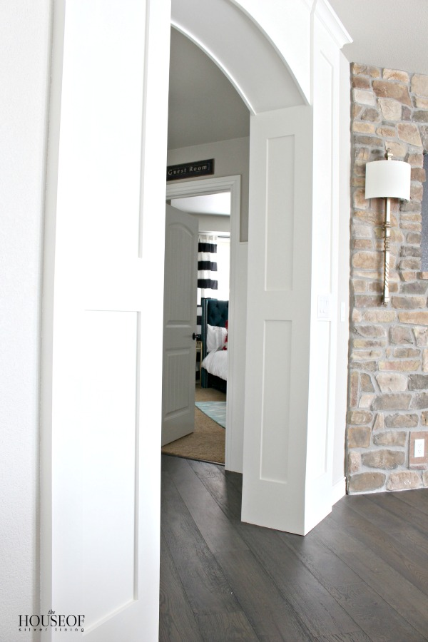 the-facelift-of-our-basement-family-room-6