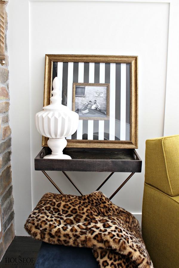 Easy-custom-frame-idea-for-family-photos-10