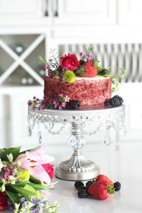 Store-bought-cake-makeover-flowers-berries