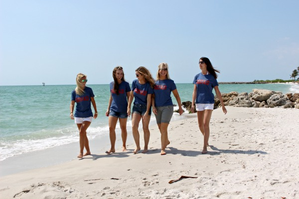 blogger-girl's-trip-at-the-beach-cottage-3