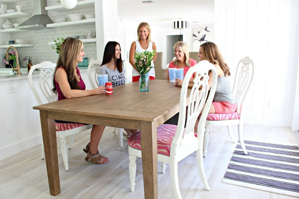 blogger-girl's-trip-at-the-beach-cottage-8