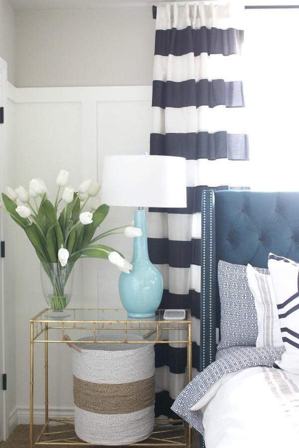 blue-velvet-tufted-bed-1