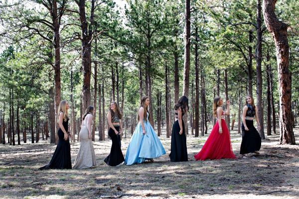 formal-prom-dresses-in-the-woods-setting