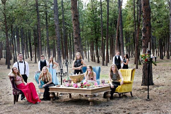 glamorous-rustic-forest-scene-with-velvet-furniture