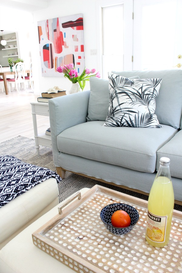 modern-beach-cottage-makeover-family-room-6