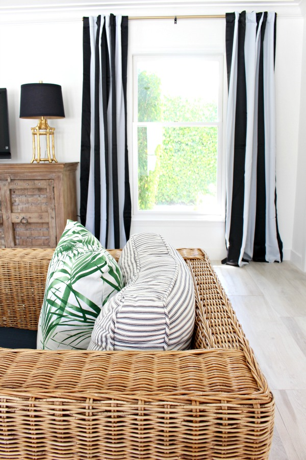 modern-beach-cottage-makeover-family-room-black-white-stripe-curtains