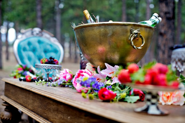 moody-romantic-forest-tablescape