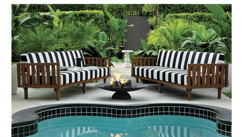 Thinking Of Styling The Pool Oasis The House Of Silver Lining