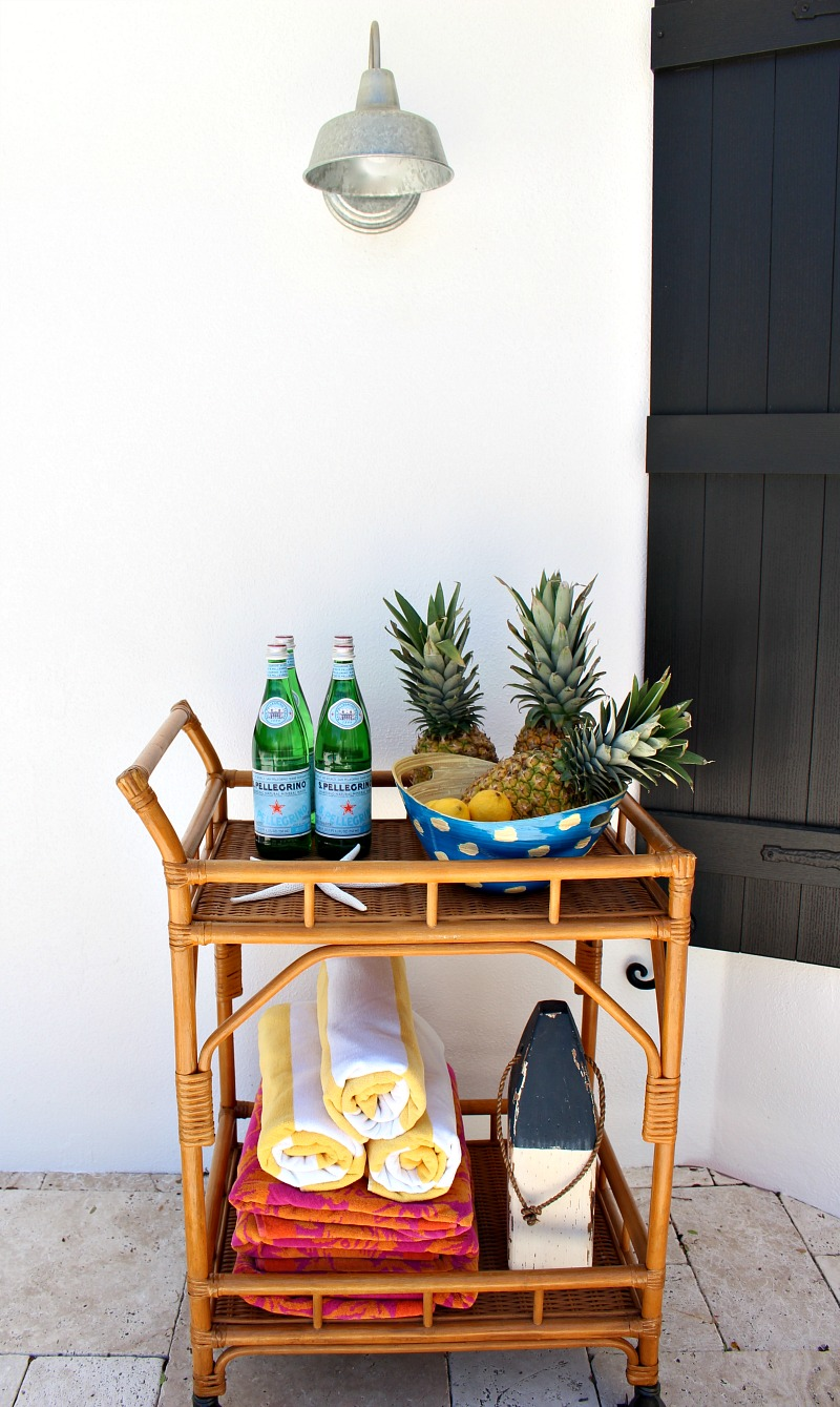 outdoor-bar-cart-for-pool