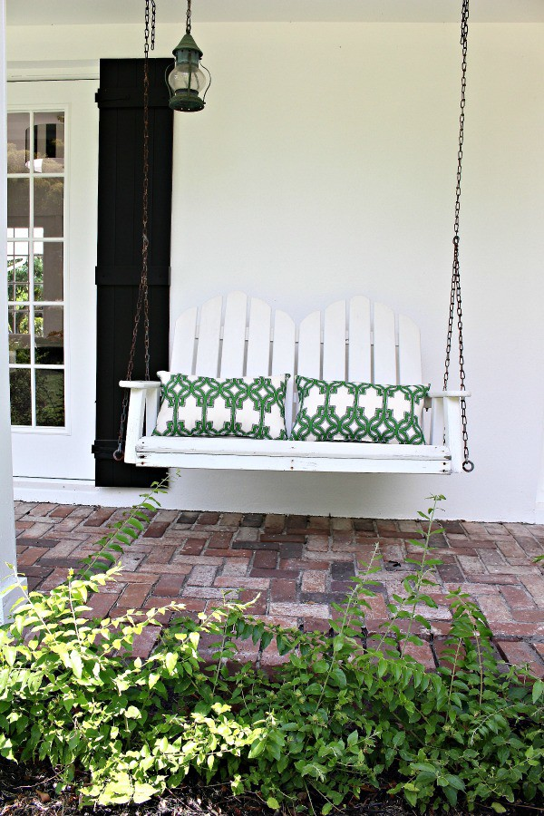 porch-swing-beach-cottage-florida