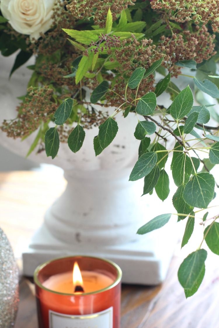 aspen-tree-leaves-in-fall-floral-arrangement