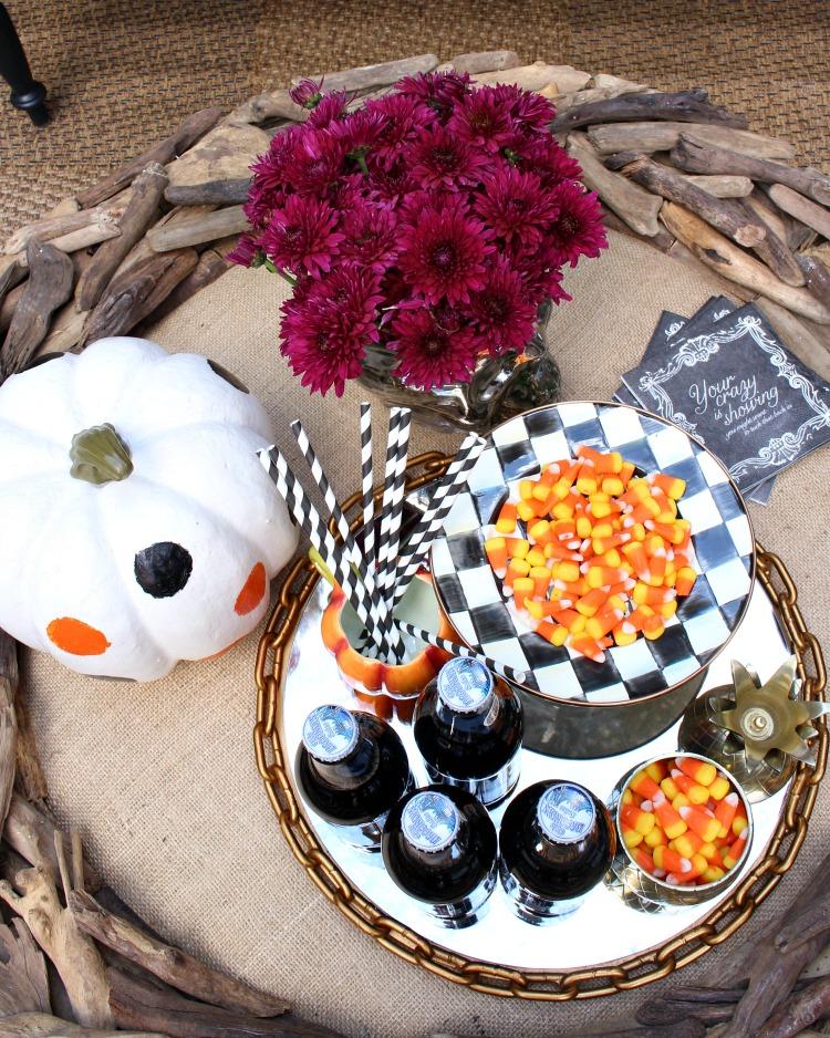beautiful-fall-decorating-fall-patio-9