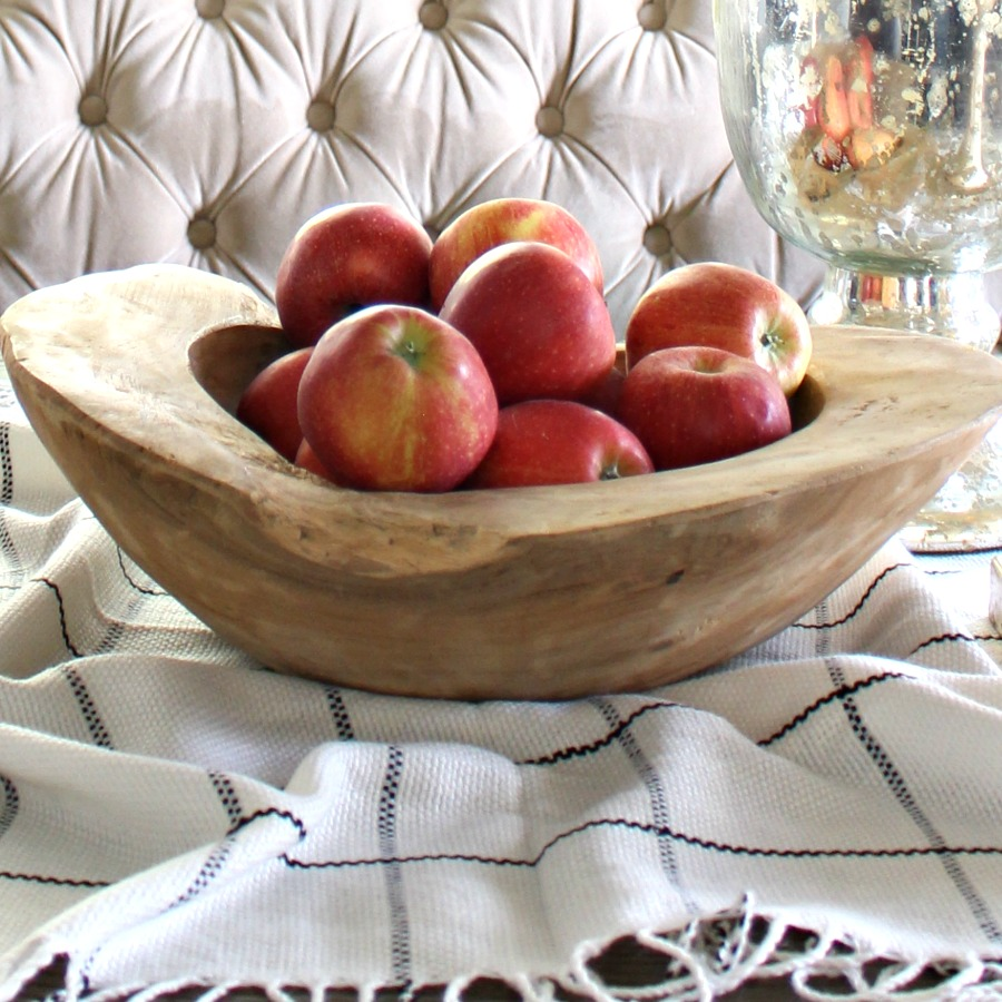 Fall Home Tour | Autumn Scents, Colors, & Traditions