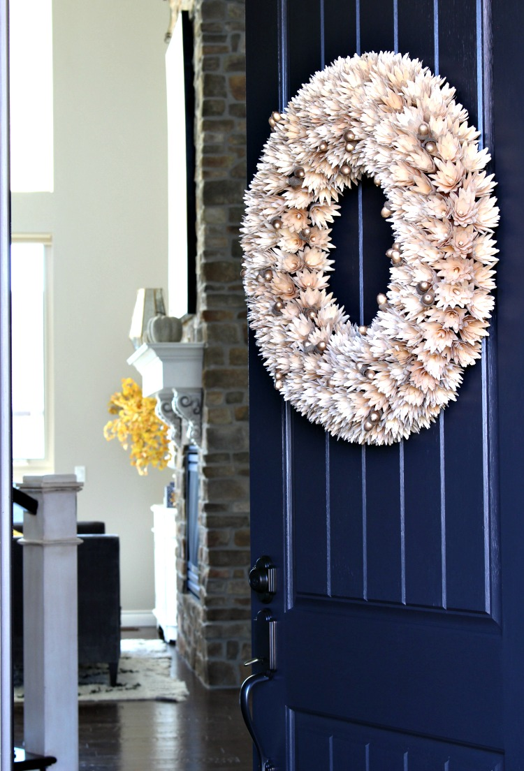 mini-acorn-gold-fall-wreath-front-door