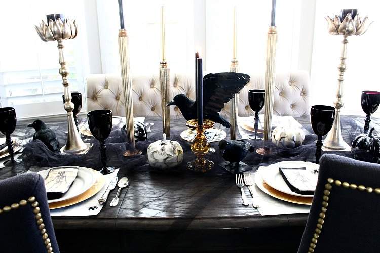 elegantly-spooky-halloween-table-6