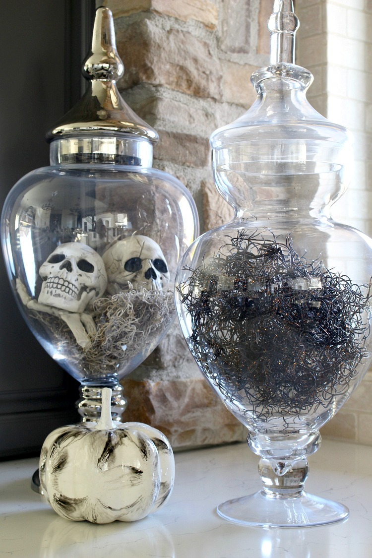 20 Ways To Decorate For Halloween The House Of Silver Lining