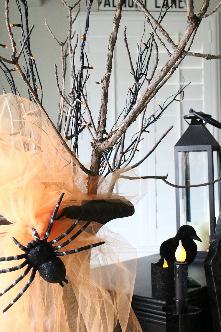 halloween-decorating-with-dead-trea-branches