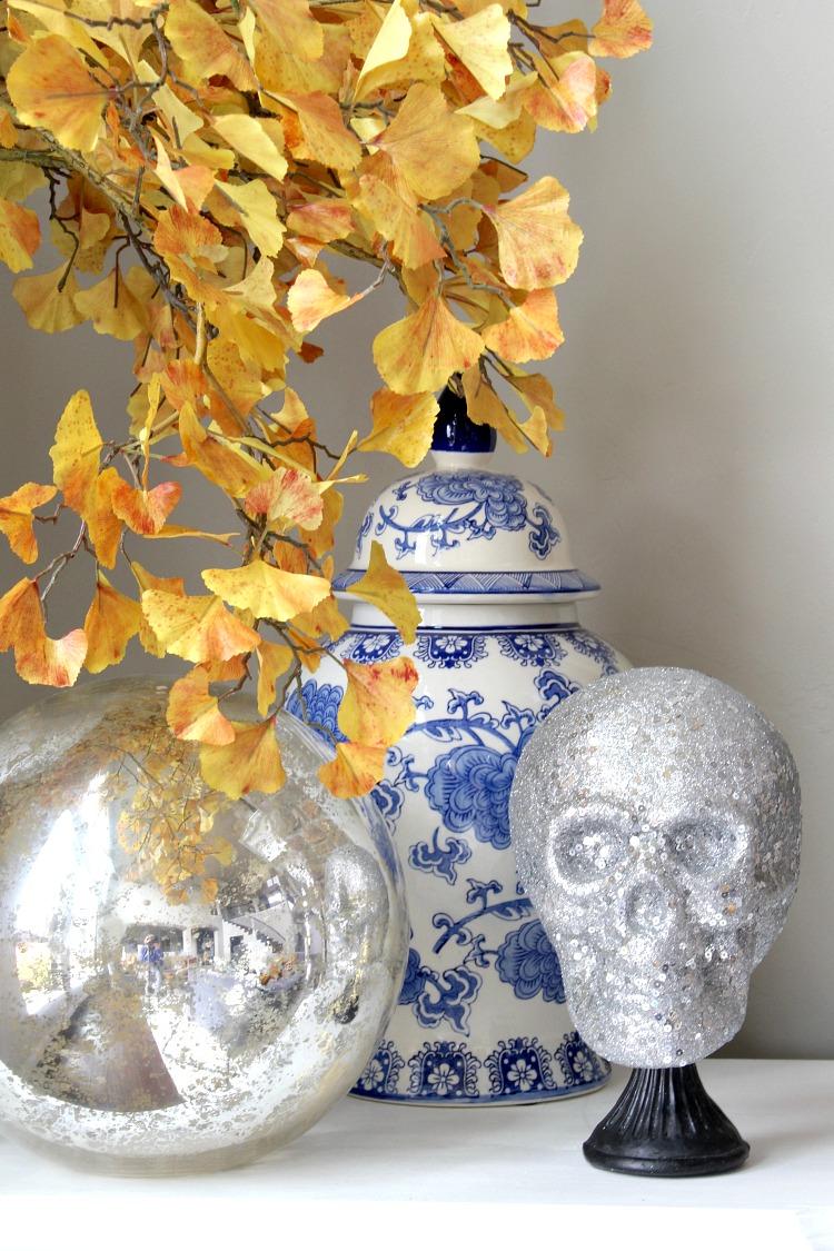 silver-glitter-skull-halloween