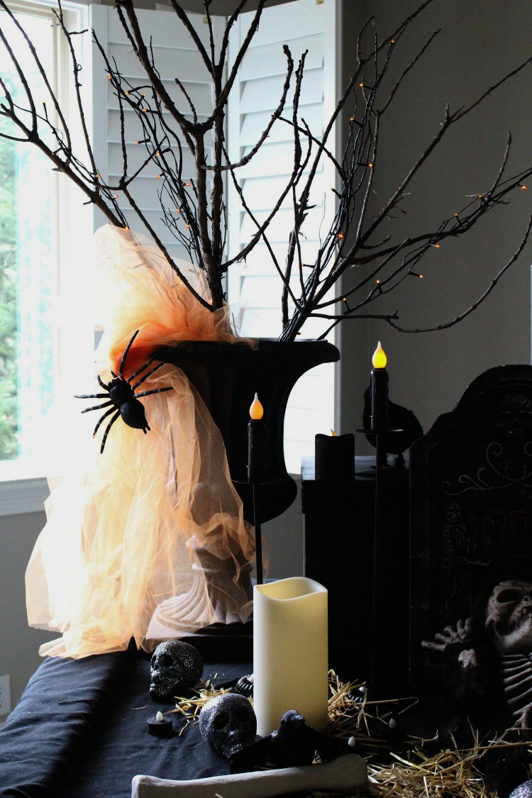 spooky-halloween-decor