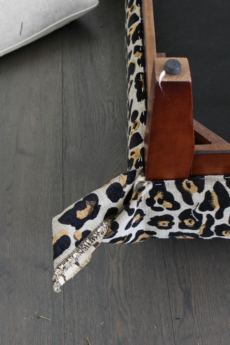 leopard-ottoman-diy-5