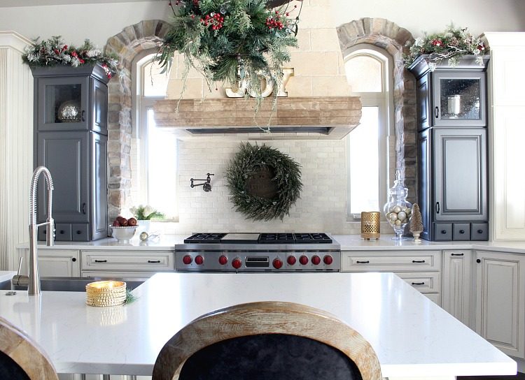 beautiful-holiday-kitchen