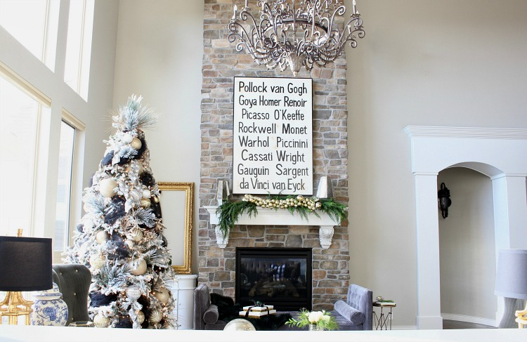 beautiful-living-room-christmas-tour