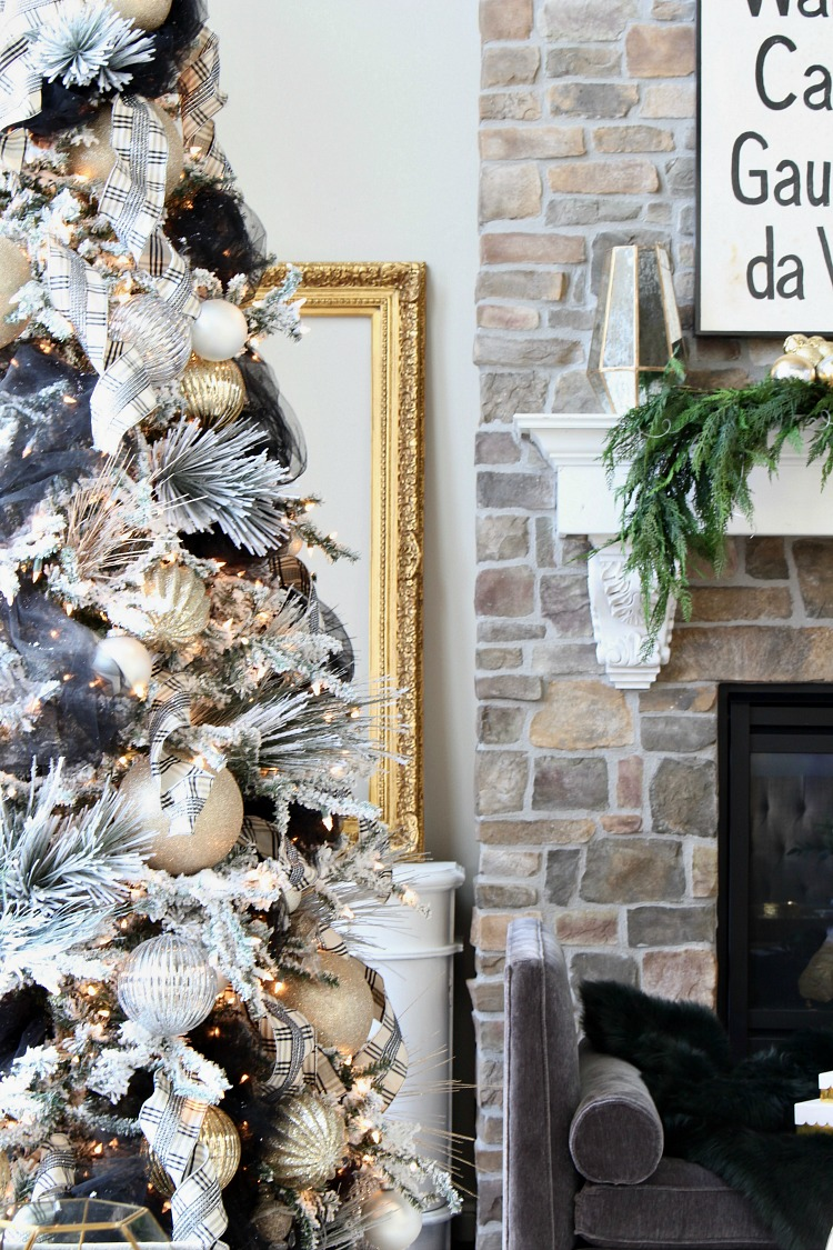 blogger-stylin-home-tours-christmas-2016-4